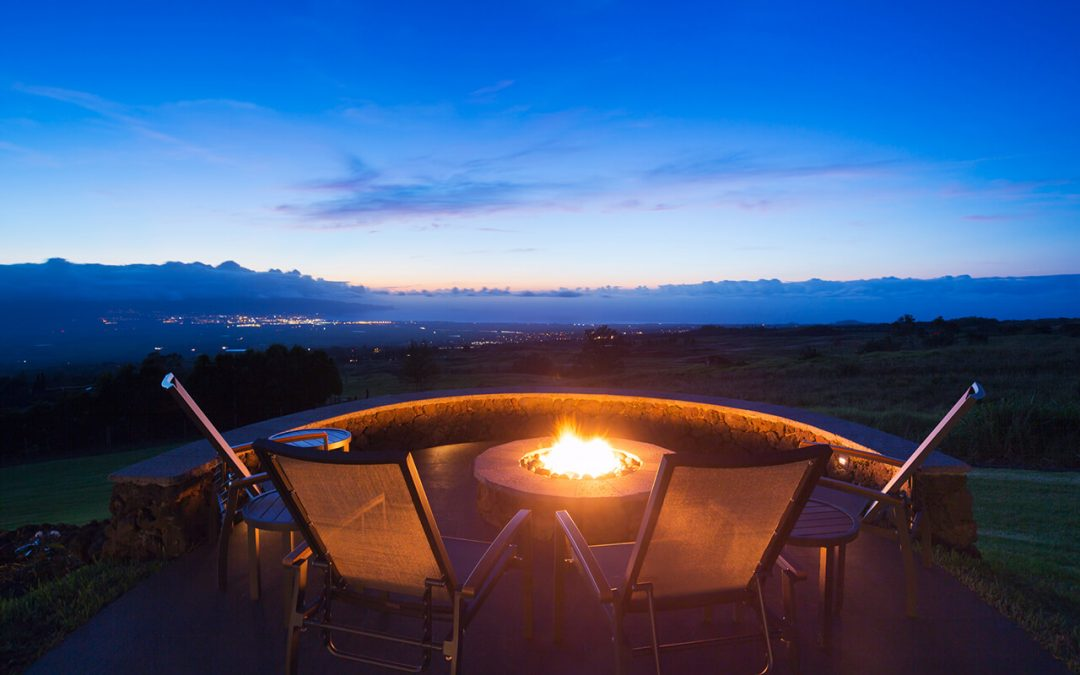 6 Ways to Warm Your Outdoor Living Space